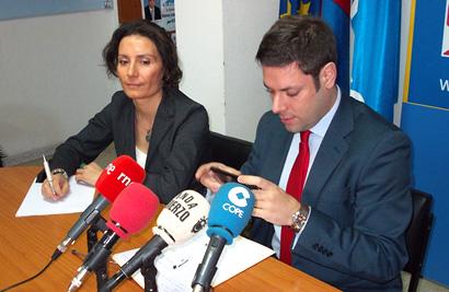 Natalia Digón e Iván Alonso, en la rueda de prensa de este lunes / Foto BierzoDiario.com