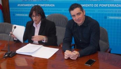 Amparo Vidal y Roberto Mendo, este martes en el Ayuntamiento / BierzoDiario