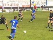 La Ponferradina desperdicia la ventaja tras la lesión de su 'salvador' Dinu (2-2)